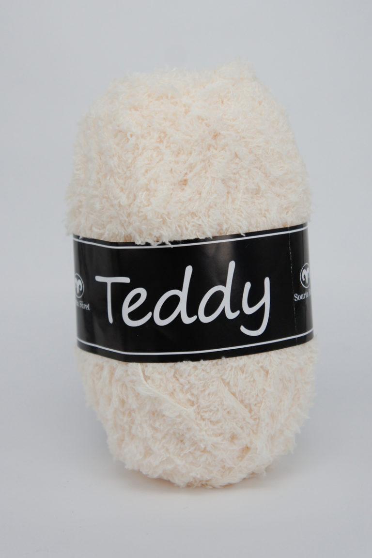 Teddy 02 oblekt