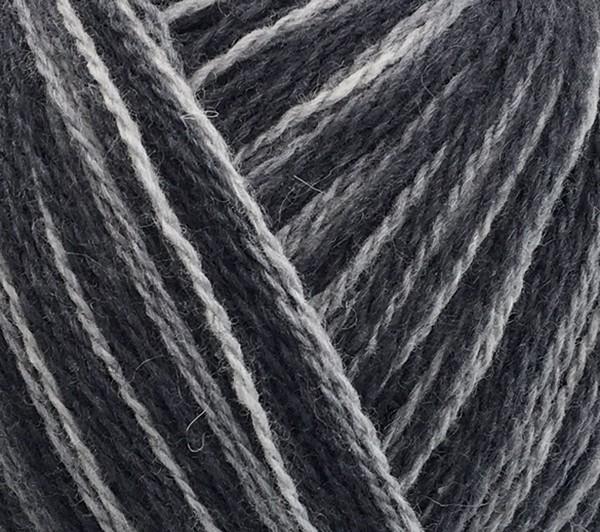 883972 svartgrå print